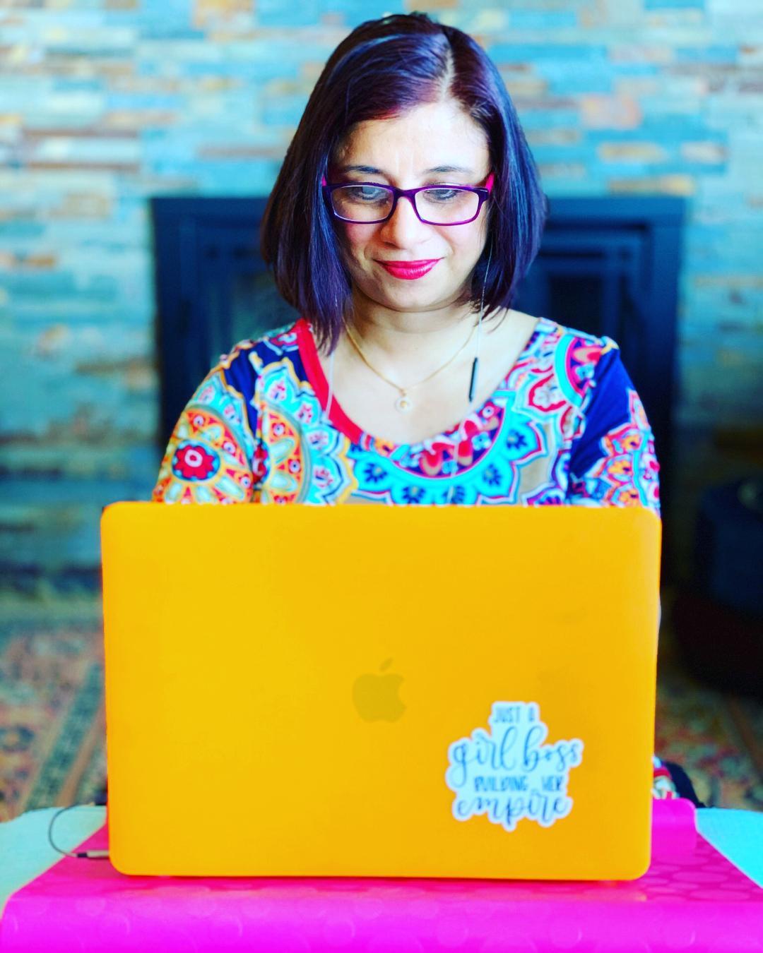 Sweta teaches an online Ayurveda workshop at Hofstra University.